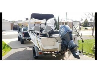 Stacer 4.7m aluminium boat